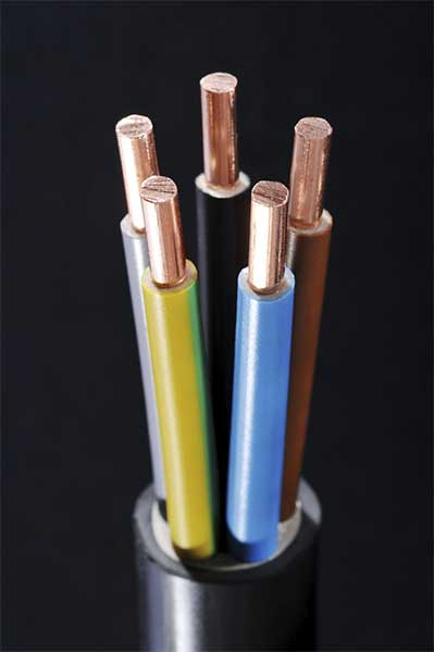 Copper cabling for data centers